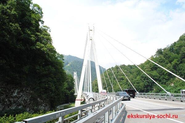 Единственный вантовый мост в России